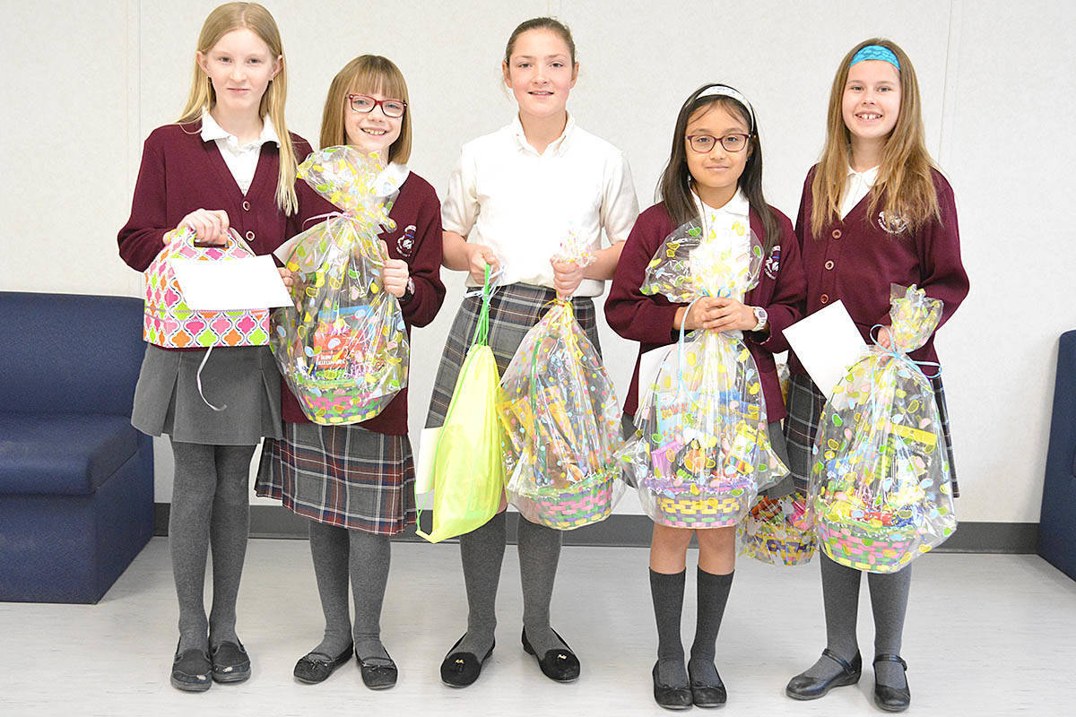 Students Give Back for Good Friday